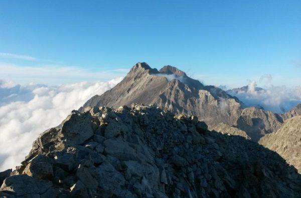 ascensiones de montaña con ekur guias